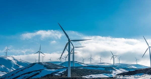 What are advantages and disadvantages of wind energy